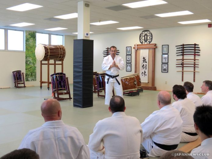 <!--:en-->Budo Master From Japan at Ann Arbor Dojo<!--:--><!--:ja-->日本から武道家を迎え、アナーバーの道場で特別セミナー<!--:--> 2