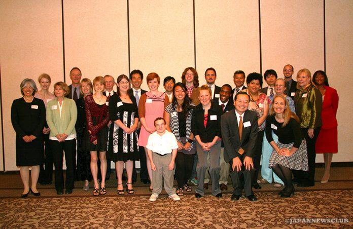 <!--:en-->2012 JBSD Foundation Scholarship Luncheon<!--:--><!--:ja-->2012年度JBSD基金スカラシップ 受賞者の招待昼食会<!--:--> 3
