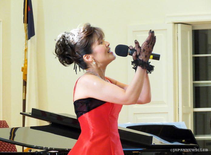 <!--:en-->Miyuki Mori Concert with Dream Singers 2012<!--:--><!--:ja-->Miyuki Mori Concert with Dream Singers 2012<!--:--> 10