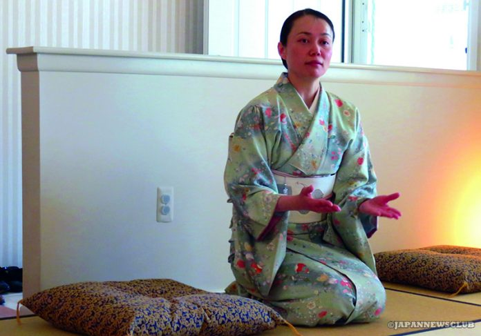 <!--:en-->Learning Japanese Etiquette in America<!--:--><!--:ja-->日本を離れてマナーを見直す ~礼法勉強会<!--:--> 3
