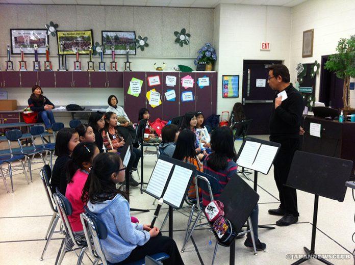 <!--:en-->Calligraphy and Flute Classes at Japanese School of Detroit<!--:--><!--:ja-->りんご会補習授業校 書道教室・リコーダー教室<!--:--> 2