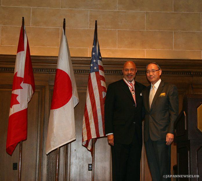 <!--:en-->Dennis Archer Honored by Nation of Japan<!--:--><!--:ja-->アーチャー前デトロイト市長への勲章授与<!--:--> 2