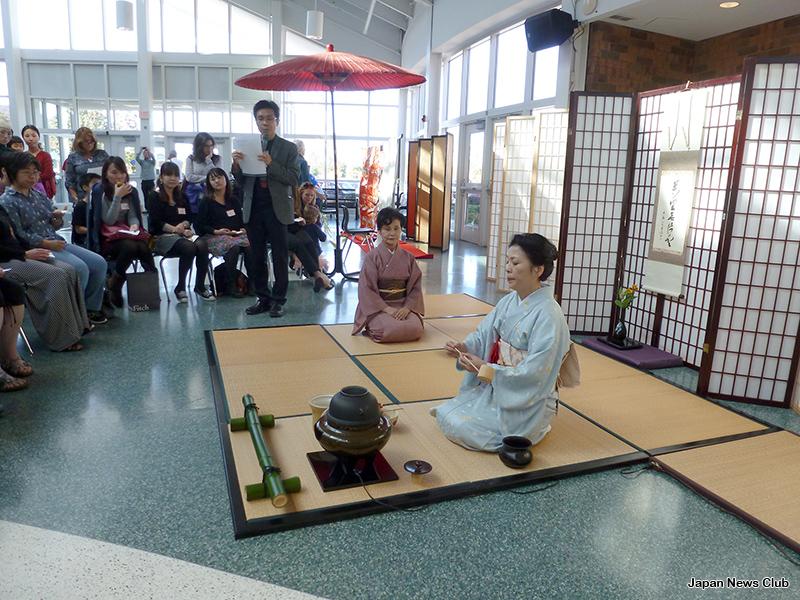JSDウィメンズクラブ・JBSD文化部会共催 2015年度 日本まつり開催 2