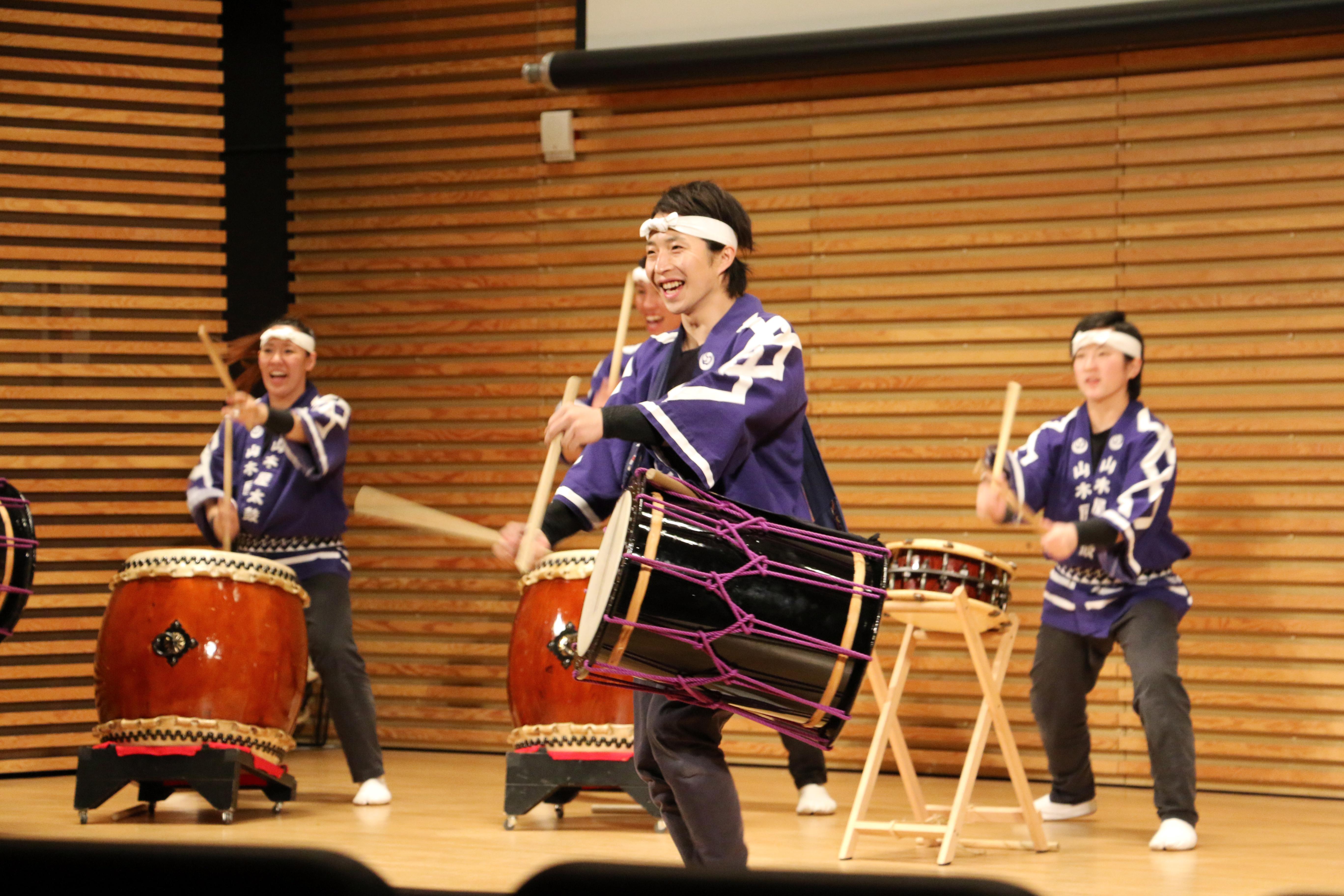 日本の和太鼓グループ'山木屋太鼓'ミシガンで福島トリビュート・コンサートや交流 8
